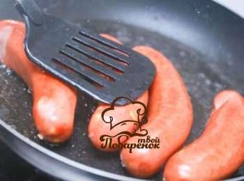 Как приготовить колбаску на сковородке