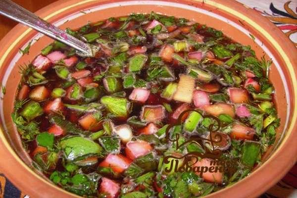 vegetarianskaya-okroshka-na-kvase