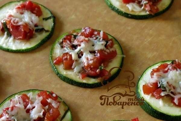 zapechennye-kabachki-s-pomidorami-v-duxovke1