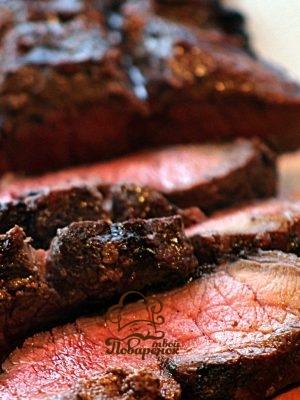 Сколько минут нужно готовить классический стейк из говядины на сковороде