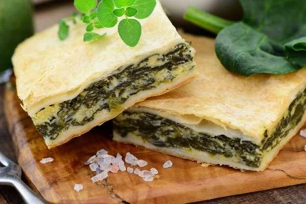 pirog-iz-shhavelya-recept-iz-drozhzhevogo-testa