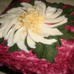 Селёдка под шубой на Новый год классический рецепт с фото