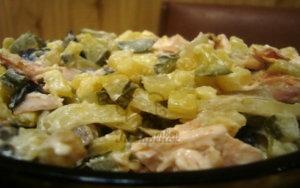 Салат с грибами и копчёной курицей феерия рецепт с фото