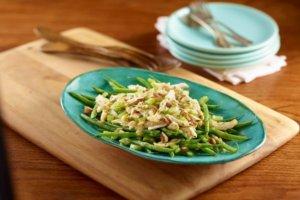 Салат со стручковой фасолью и курицей топ-3 быстрых рецепта